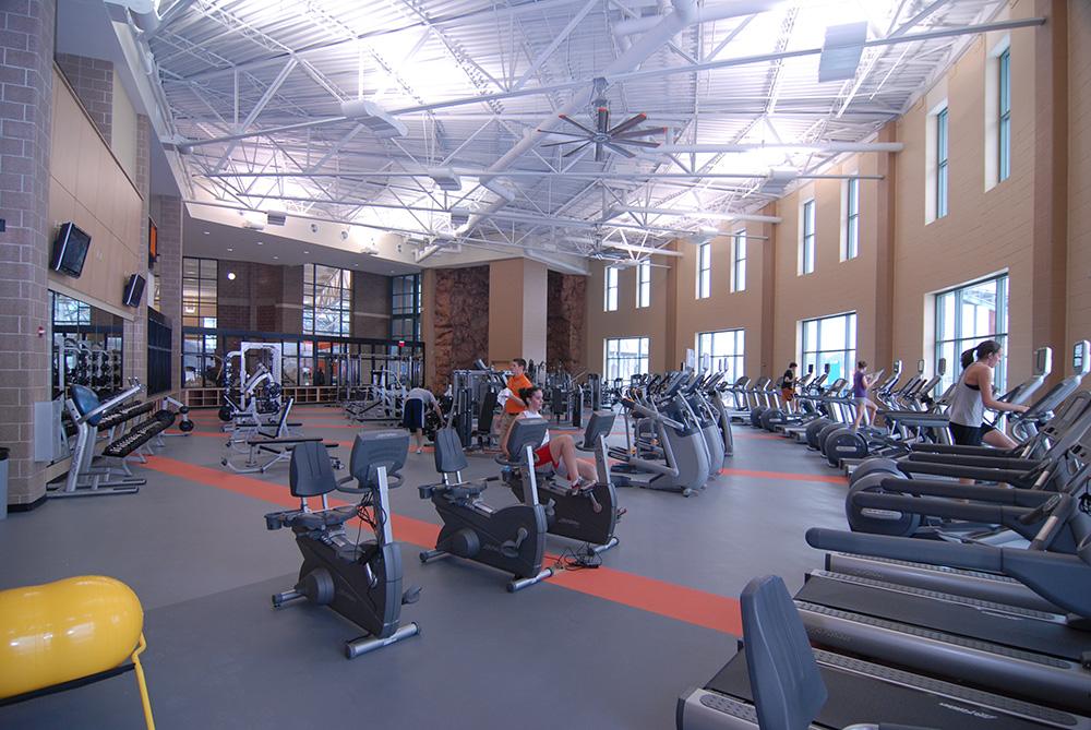 Facilities & Parking: Wartburg-Waverly Sports & Wellness Center