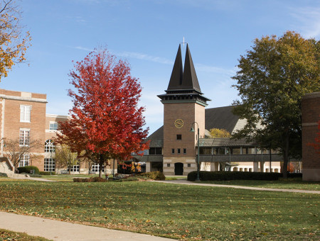 Wartburg Chapel marks 25 years on campus